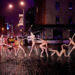 Сотни балерин по всему миру разделись для фотосессии
